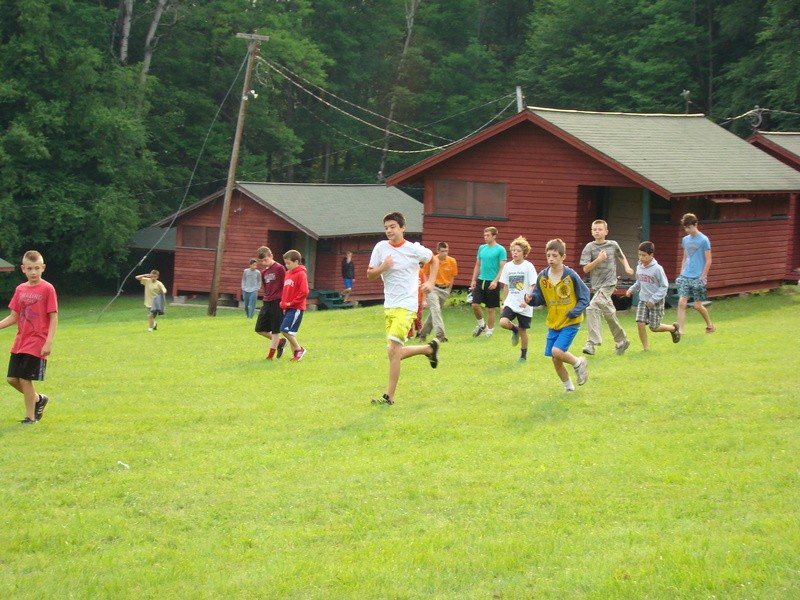 ysi-leadership-camp-2014-flagpole-run.jpg